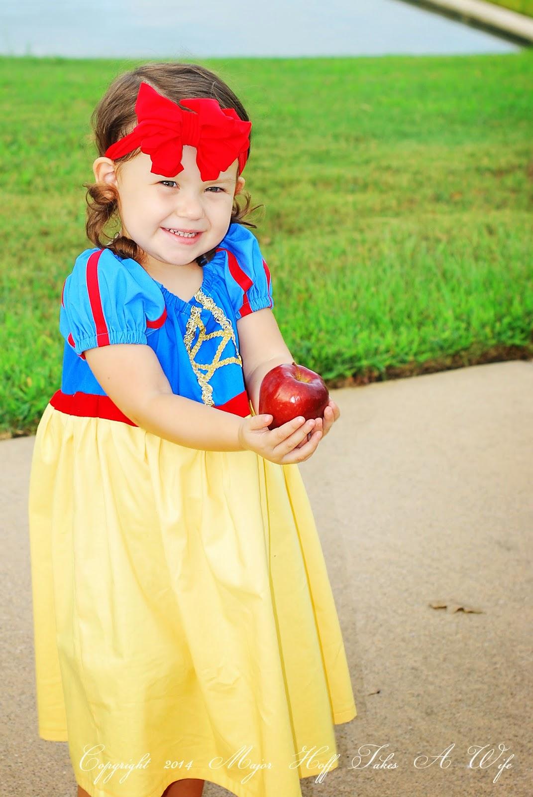 Modern snow white costume