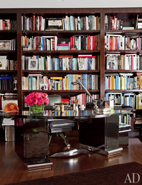 decorar despacho elegante con biblioteca