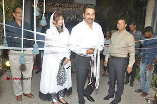 Actor Rahman Inaugurates Bouteak Showroom  0023.jpg