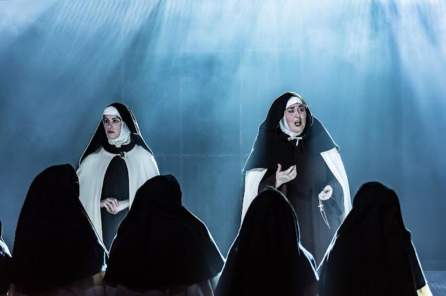 Poulenc: Dialogues des Carmélites- Emily Kyte, Michelle Alexander - Guildhall School (Photo Clive Barda)