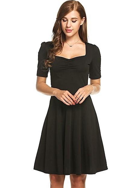 Welche Strumpfhose Zum Schwarzen Kleid