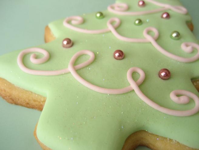 Powered Sugar GINGERBREAD Cookies - Brooklyn Farm Girl   Cookie Icing Recipe Powdered Sugar