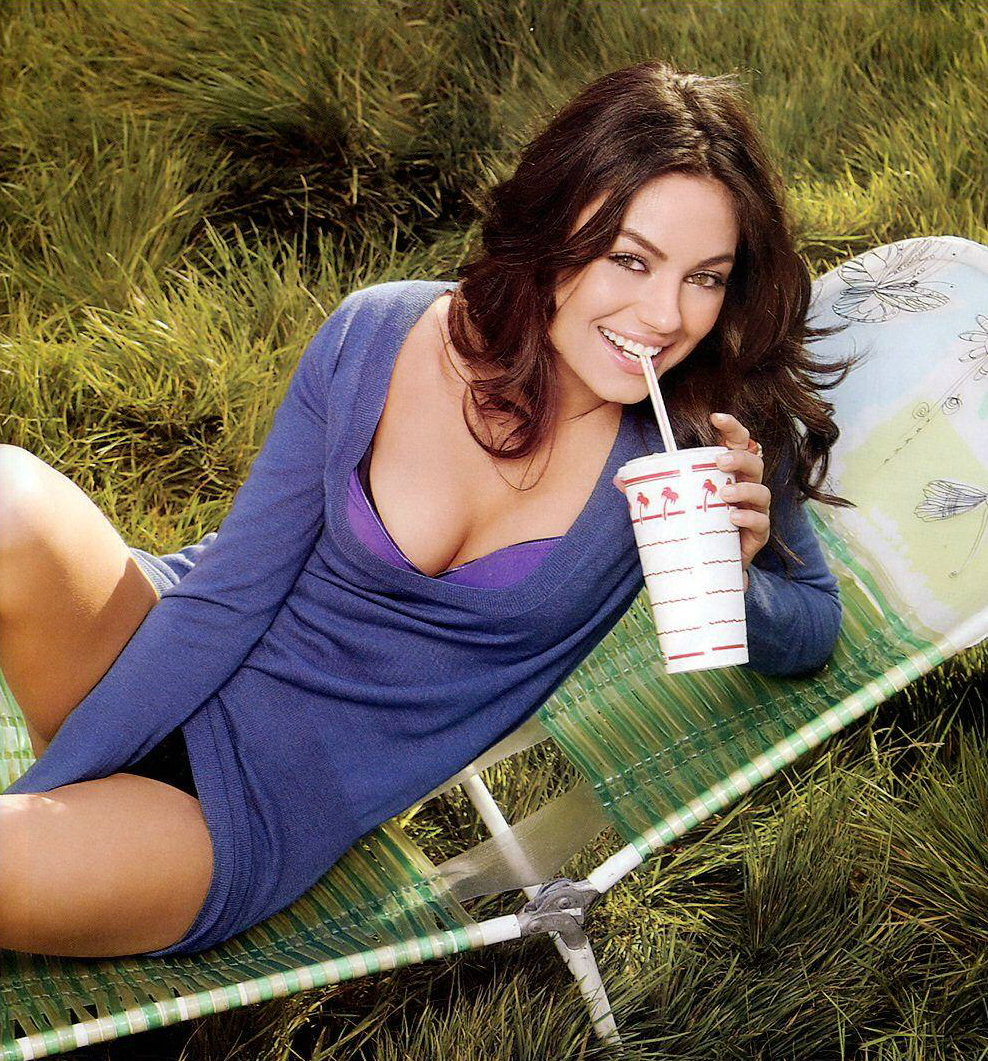 Mila Kunis Latest Sexy Images   HD IMAGES