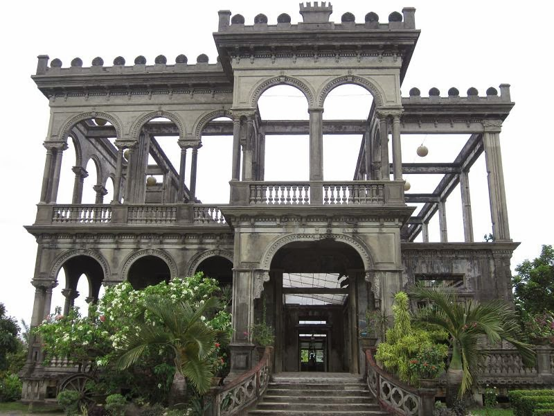 BACOLOD THE RUINS