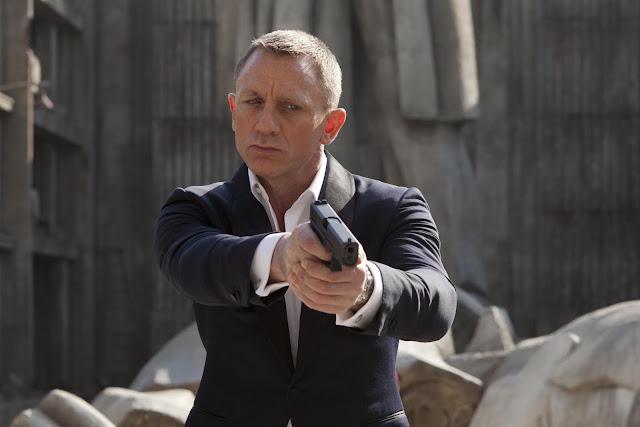 """""""Bond 25"""" é oficialmente intitulado """"No Time To Die"""""""