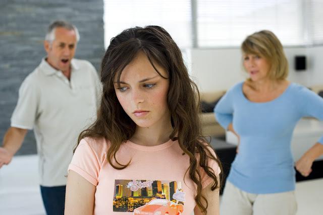 por-que-mis-papas-son-tan-controladores-y-no-me-comprenden