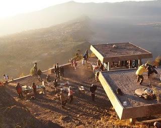 penanjakan 2 Tempat Alternatif Melihat Sunrise di Bromo