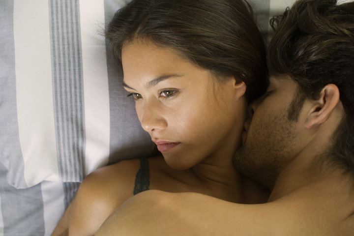 Here's What Sex Therapists Tell Women Who Have Trouble Orgasming