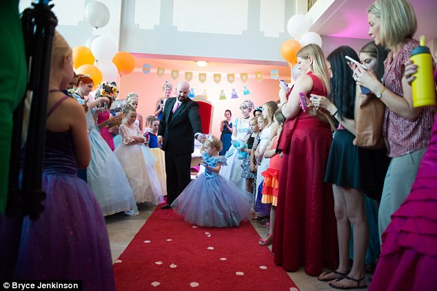 The 'Last Birthday, Prom and Wedding' of This Little Princess Who Will Never Be A Bride