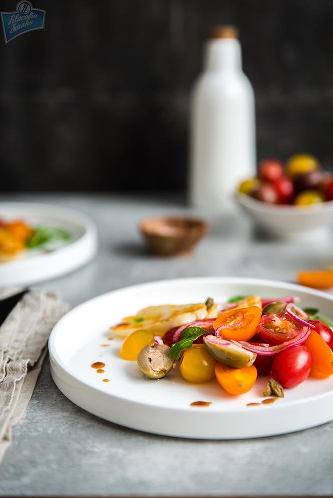 Ser grecki z pomidorami