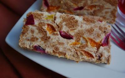 Labneli Meyveli Bisküvi Pastası