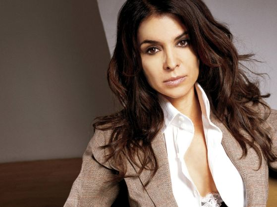 Net Worth de Annabella Sciorra