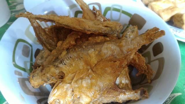 Resep gorengan ikan asin ala rumah makan ciwidey