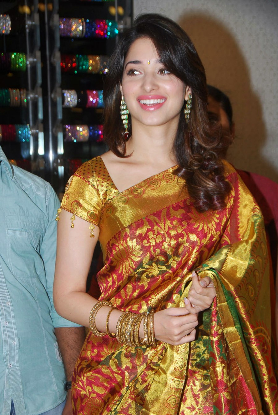 Tamanna Bangalore: ` Gorgeous Tamanna In A Traditional LoOk `