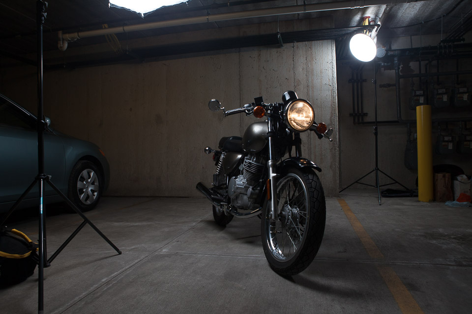lighting a motorcycle photography  Guest post: Motorcycle Girl Lighting Setup and Retouch by CJ ...
