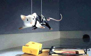 Mouse does Mission Impossible