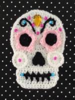 https://translate.googleusercontent.com/translate_c?depth=1&hl=es&rurl=translate.google.es&sl=en&sp=nmt4&tl=es&u=https://persialou.com/2014/10/crochet-sugar-skull-free-pattern.html&usg=ALkJrhgVWItFkpvoY6n8b96-cqULC-uz6w