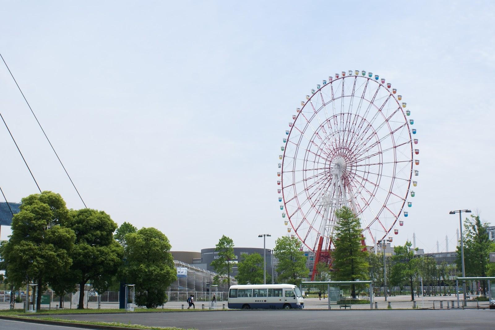 tokyo odaiba japan ferris wheel