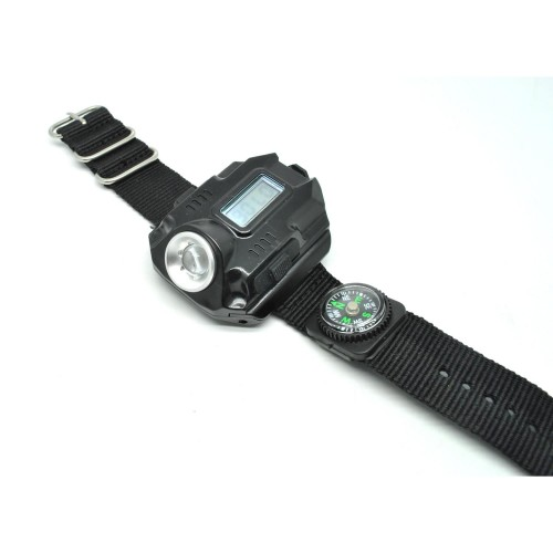 Jam tangan adventure dilengkapi senter