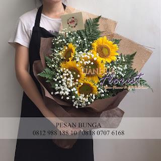 florist jakarta, jual handbouquet murah, jual bouquet bunga bagus, jual handbouquet, pengiriman bunga bebas biaya antar, jual bouquet bunga matahari