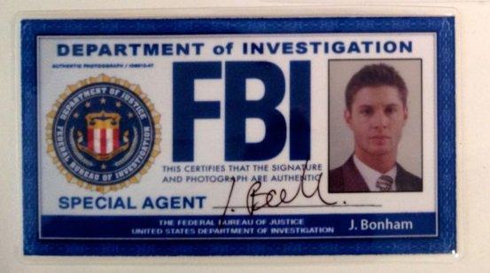 Carné del FBI Dean en Supernatural