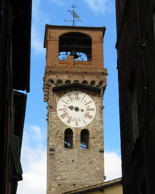 Torre delle Ore (Tower of the Hours), Via Fillungo, Lucca