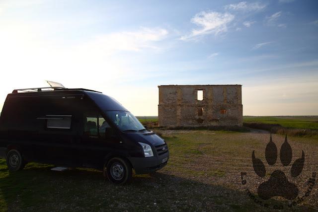 Espagne-Bujaraloz-lagune-playa-parking