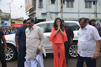 Catherine Tresa in Orange Kurti top and Plazzo at Launches B New MobileStore at Kurnool 10.08.2017 001.JPG