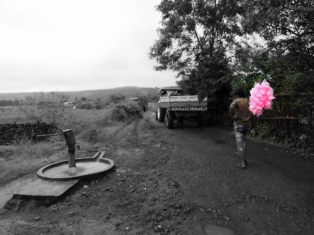 Hand pump. Cotton candy. Village. Dehena. Maharashtra. India