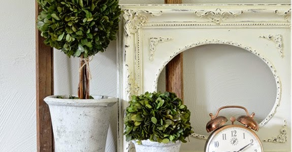 10 Ways To Decorate With Empty Thrift Store Frames