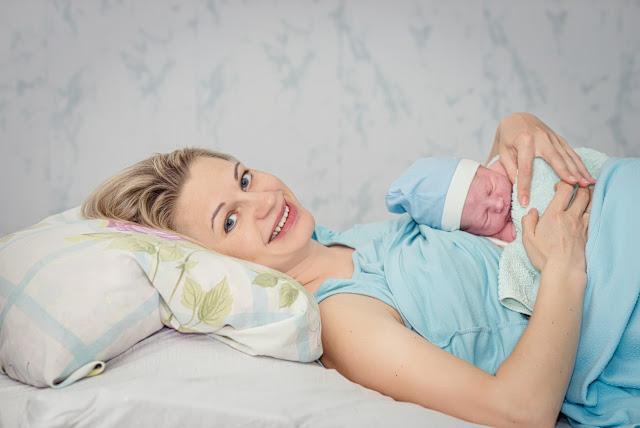 Dicas para cuidar da mãe que acabou de dar a luz