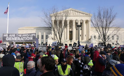 Roberts joins SCOTUS liberals to block Louisiana pro-life law from taking effect