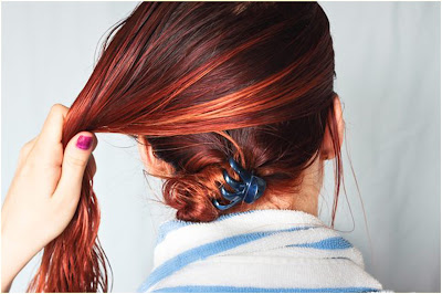 Step 5 - how to dye hair two colors top and bottom at home