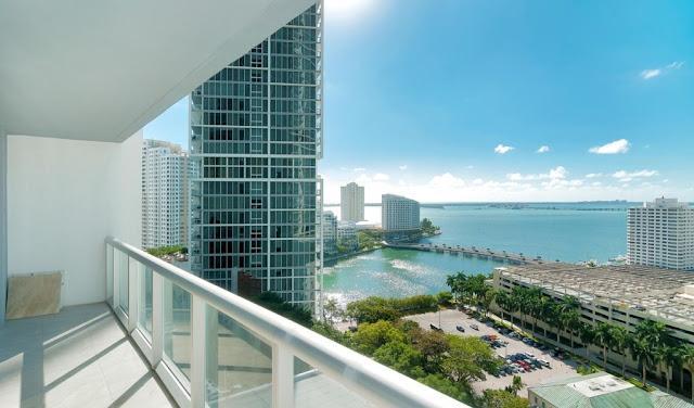 Vista da casa em Viceroy Miami