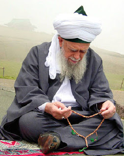 Manfaat dan Khasiat Wirid Surat Al Waqi'ah Untuk Kekayaan