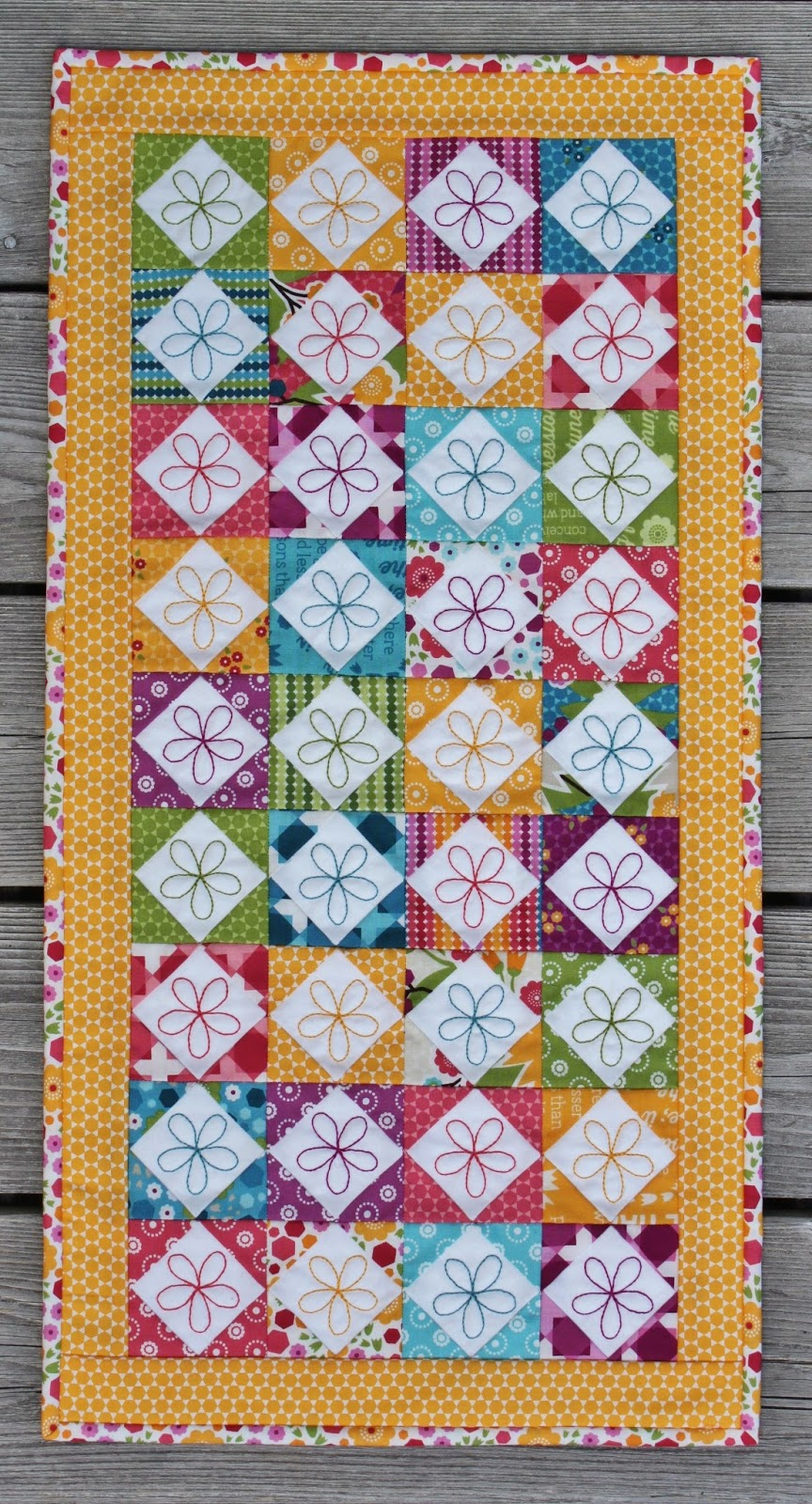 Jen Daly Quilts Happy Free Mini Charm Pack Pattern