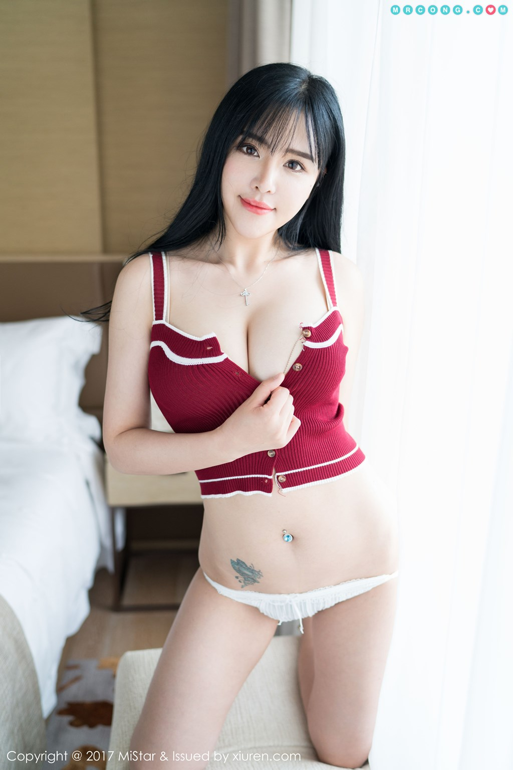 YouMi Vol.082: Model Liu Yu Er (刘 钰 儿) (49 photos)