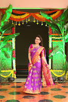 Anchor Manjoosha in Beautiful Kanjiwaram Saree at At Sankarabharanam Awards 2017 ~  Exclusive 006.JPG