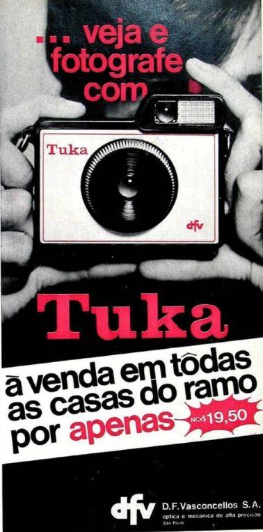 Propaganda da máquina fotográfica Tuka em busca de popularizar o serviço no final dos anos 60