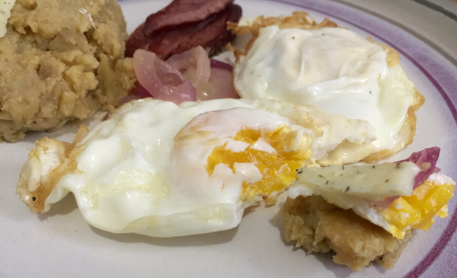 day to day MOMents: Brunch with Nellie's Eggs & Cabot Cheese