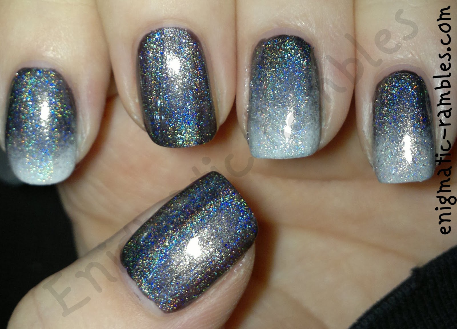 HITS-Hefesto-Holo-holographic-top-coat-revlon-steel-her-heart-sally-hansen-lavender-cloud-gradient