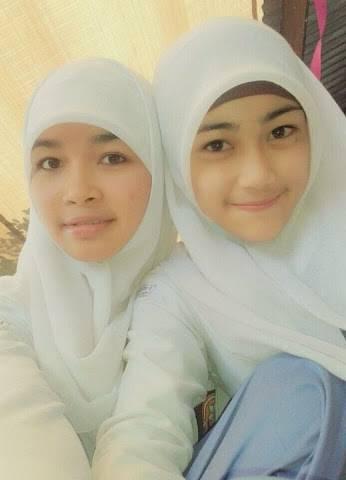 Model Jilbab Wisuda Anak Sma 30 model kebaya wisuda hijab