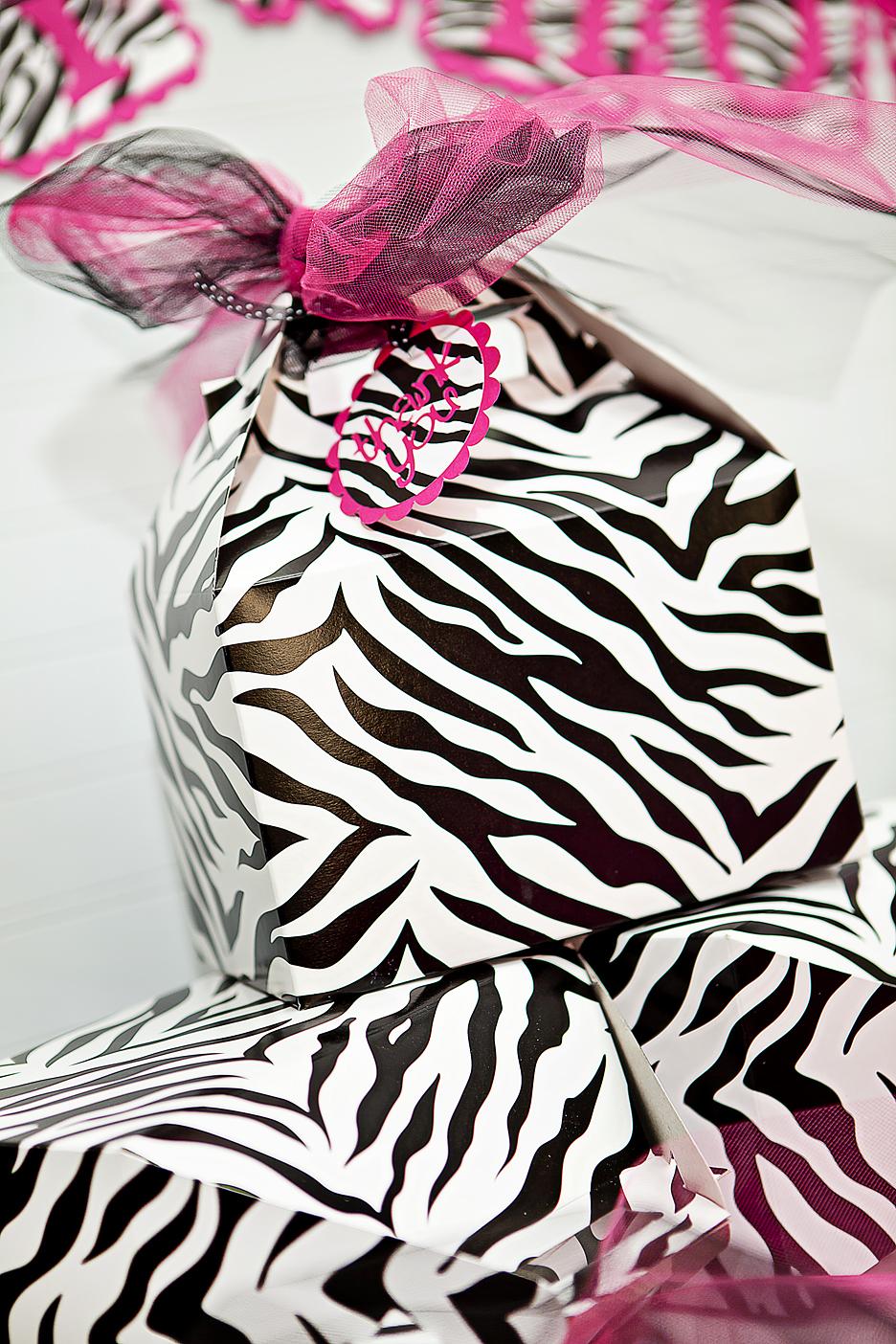 JustBeccuz: Hot Pink & Zebra Baby Shower