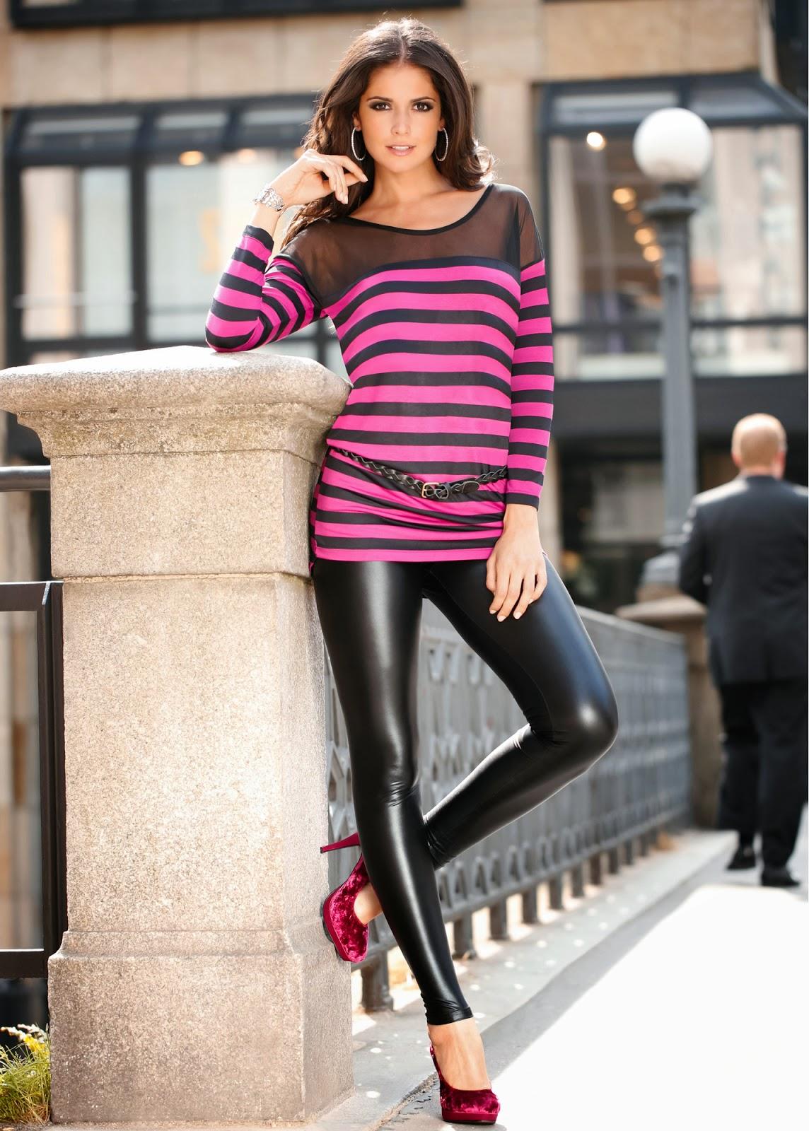 Lovely Ladies In Leather Carla Ossa In Wet Look Leggings-5583