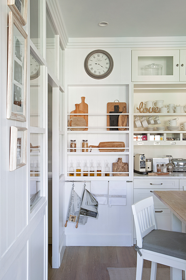 Familyroom by deulonder revista dolcevita for Cocina con cuarto de lavado