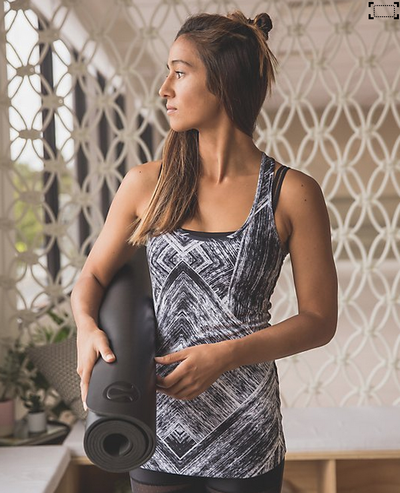 http://www.anrdoezrs.net/links/7680158/type/dlg/http://shop.lululemon.com/products/clothes-accessories/tanks-no-support/Cool-Racerback-30193?cc=17414&skuId=3603336&catId=tanks-no-support