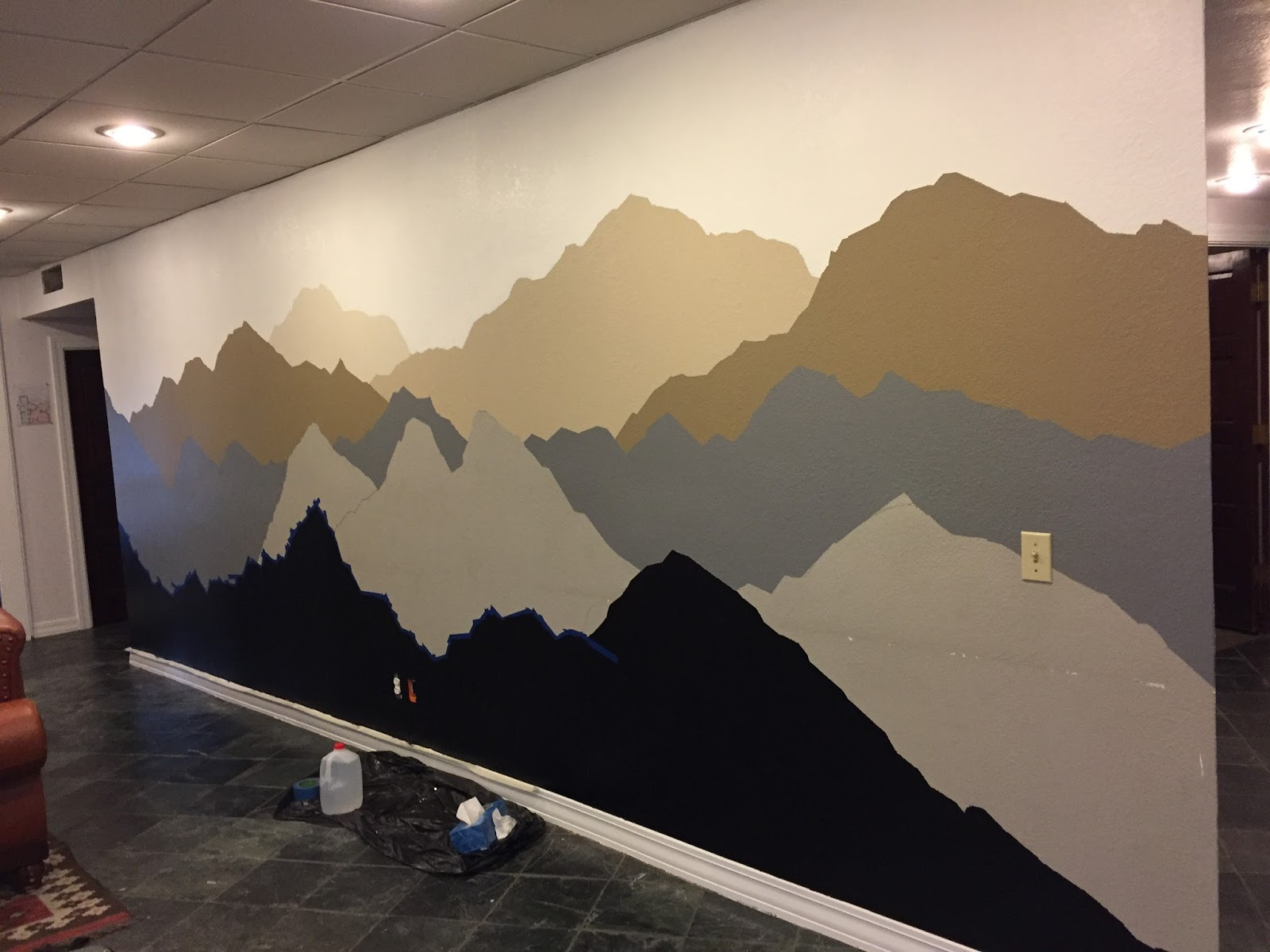 The alaskan muse diy mountain mural for Diy mountain mural