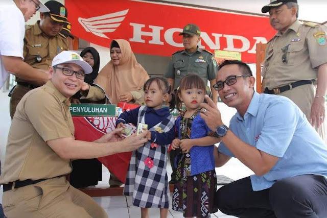 Paket Makanan Tambahan Untuk Balita dari AHM 2019