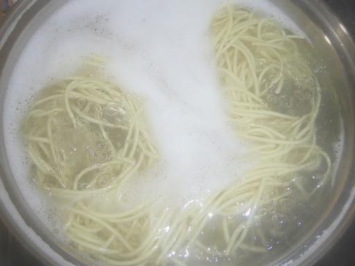 マルタイラーメンの麺を30分間茹でてみました!