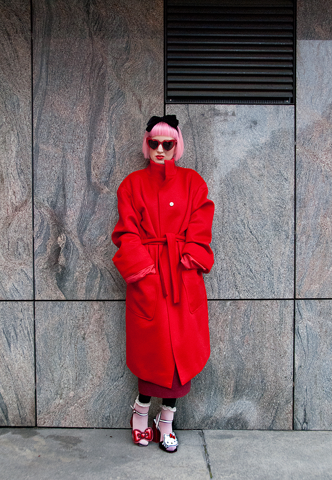 M.Luna, red coat, blogger look